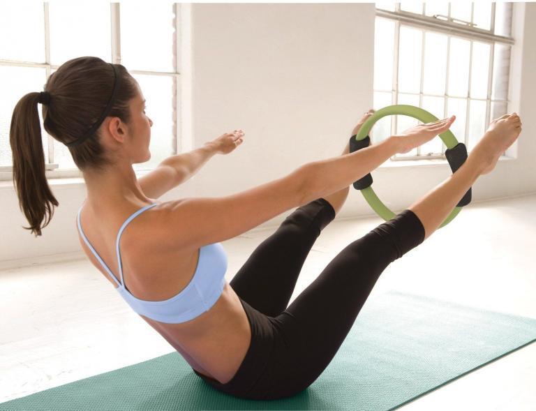 Pilates Çemberi İle Evde Yapabileceğiniz Hareketler
